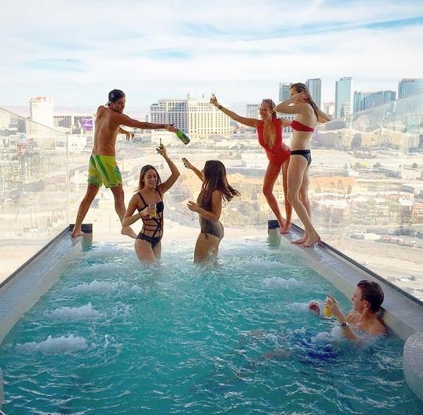 Choáng với kỳ nghỉ hè 'sang chảnh' của hội 'con nhà giàu' trên Instagram
