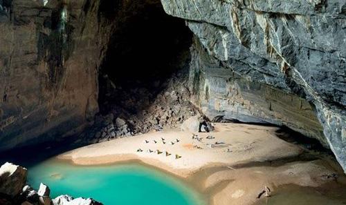 Hành trình chinh phục hang Én, hang động lớn thứ 3 thế giới