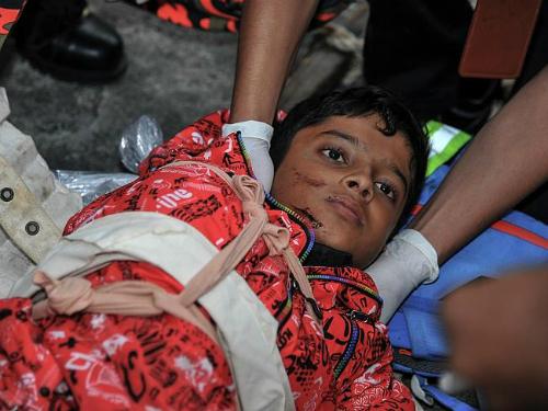 Malaysia đổ lỗi du khách khỏa thân gây ra động đất