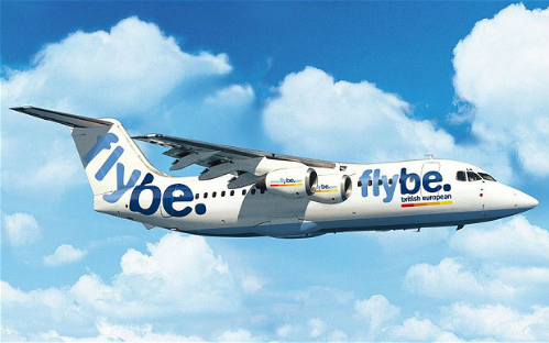 Máy bay hạ cánh khẩn cấp vì con ong