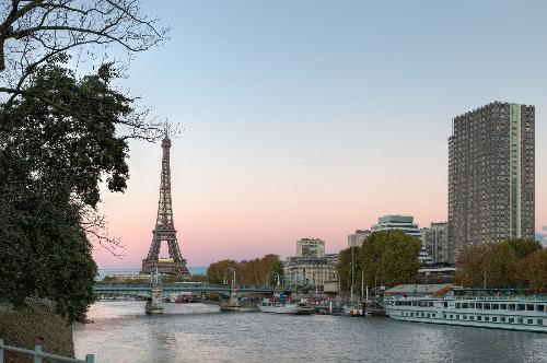 Ngắm Paris từ đôi bờ sông Seine