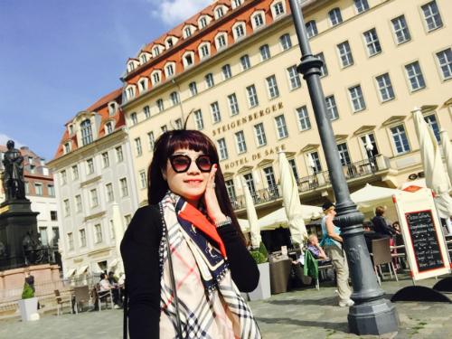 Hình ảnh Ngọc Khuê trong chuyến du lịch châu Âu