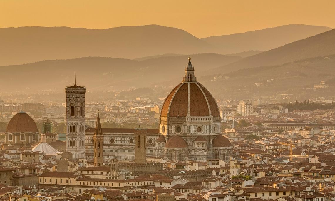 Mùa Hè nóng bỏng ở Florence, Ý