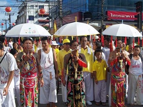 Nét độc đáo trong lễ hội chay Phuket