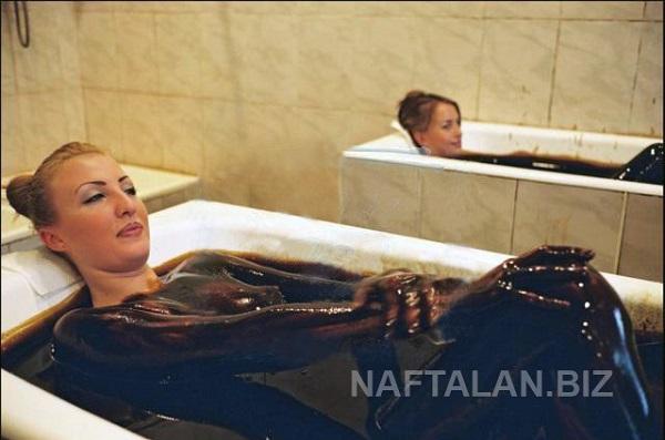 Sốt trào lưu du lịch tắm dầu mỏ trị bệnh ở Azerbaijan