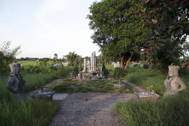 Lăng mộ Quận công hoang vắng ở ngoại ô Hà Nội