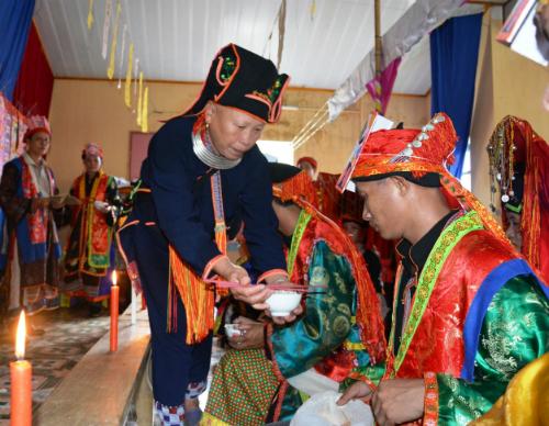 Lễ cấp sắc 12 đèn của người Dao tại Viễn Sơn