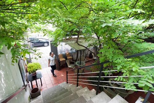 Quán cà phê phong cách điện ảnh ở Hà Nội
