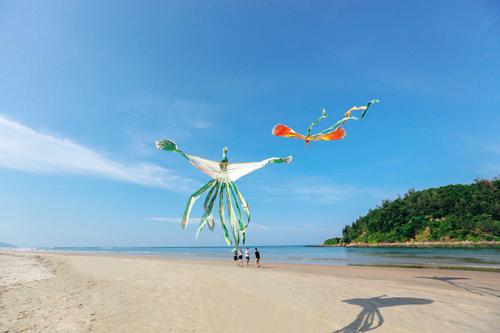 Biển Lăng Cô - nơi thả diều đẹp nhất xứ Huế
