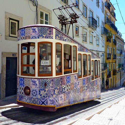 Những viên gạch men biết kể chuyện ở Bồ Đào Nha