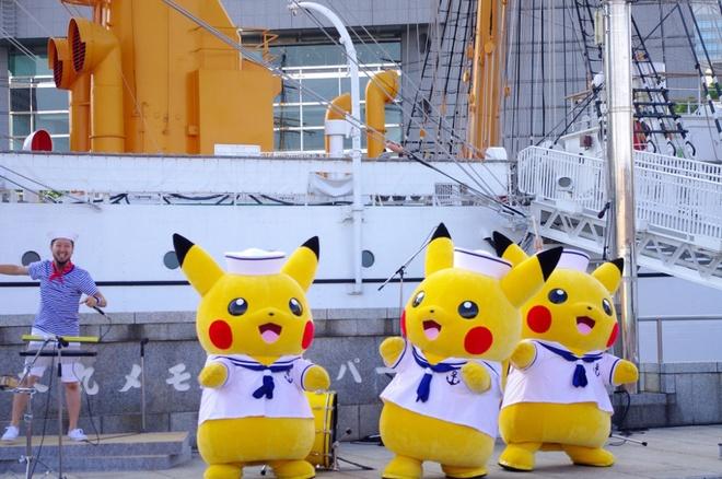 Pokemon diễu hành trong lễ hội ở Yokohama
