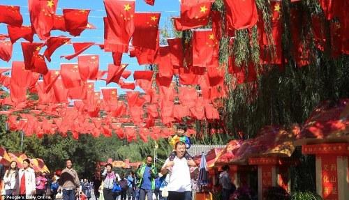 Trung Quốc tắc đường vì làn sóng du lịch trong 'tuần lễ vàng'