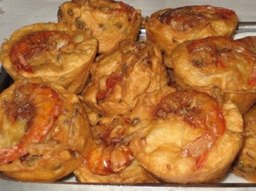 Món bánh giá giòn rụm ở Tiền Giang