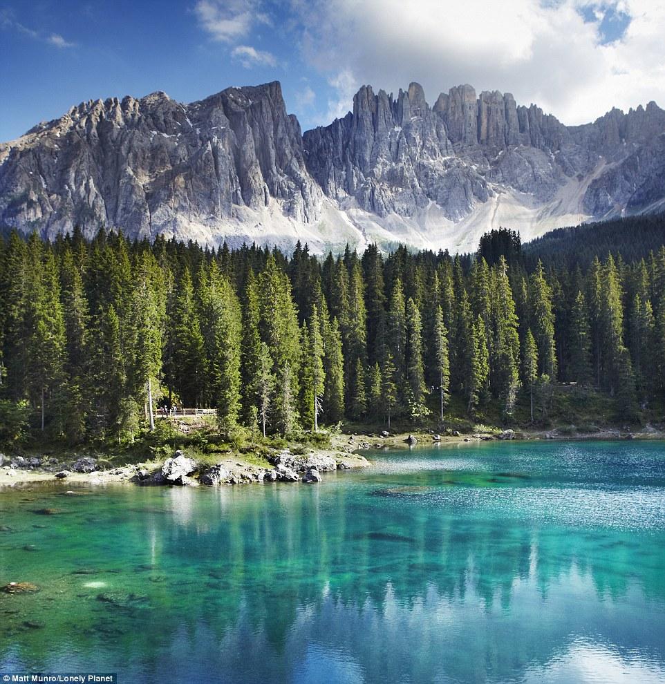 Những góc nhìn đẹp ngoạn mục ở nơi xa xôi nhất thế giới