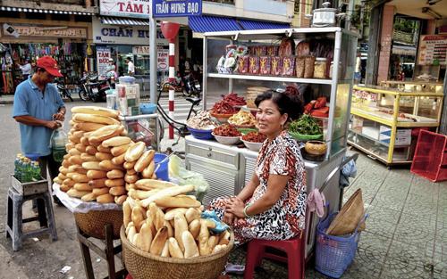 Thức ăn vỉa hè Việt vào top trải nghiệm không thể bỏ lỡ