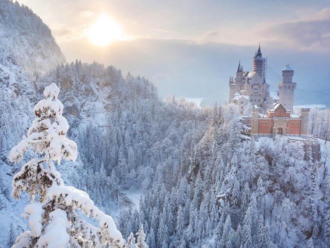 10 tòa lâu đài tuyết tuyệt đẹp hiện hữu trên thế giới