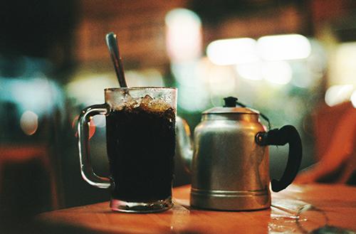 Quán cà phê vỉa hè được các 'cú đêm' ưa thích ở Cần Thơ