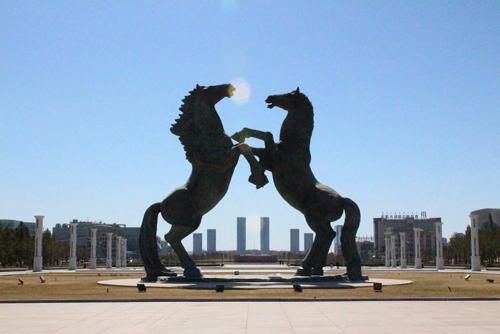 Thị trấn ma lớn nhất thế giới ở quê hương Thành Cát Tư Hãn