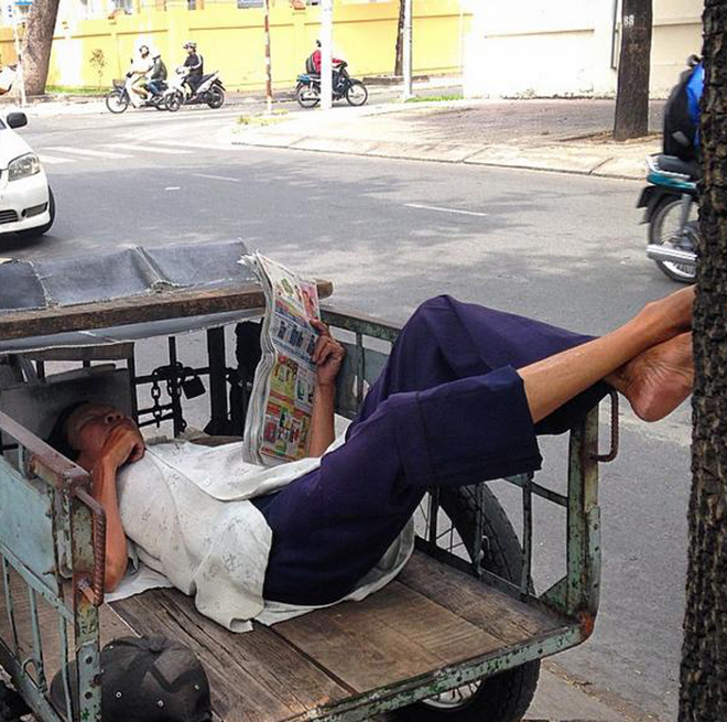 Những giấc ngủ vội vã ở Sài Gòn trong mắt khách tây