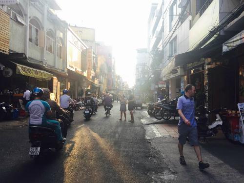 24h ở khu phố Tây Sài Gòn