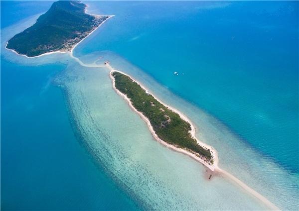 Khám phá đảo Điệp Sơn hoang sơ, thanh tĩnh