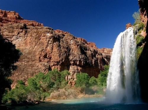 Lướt qua những vùng hẻo lánh đẹp nhất thế giới