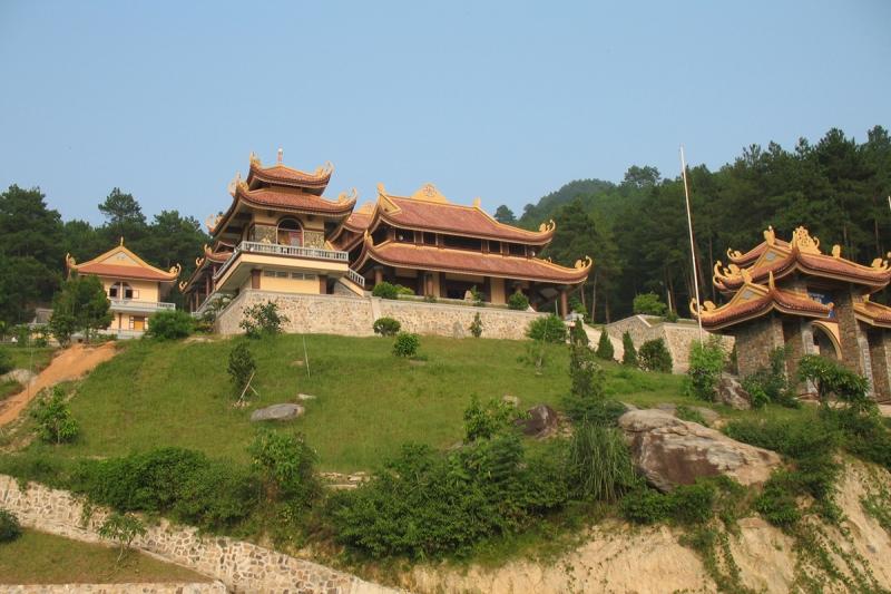 Hòa mình vào không gian thanh tịnh ở Thiền viện Trúc Lâm Đà Lạt