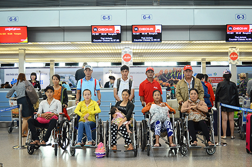 Chuyến bay đem lại mạng sống cho 5 người Việt