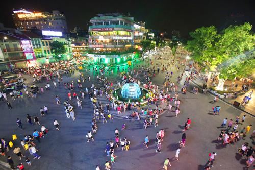 Quận Hoàn Kiếm đề xuất thêm phố đi bộ từ tháng 10