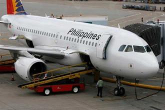 Du khách bị trục xuất vì thô lỗ trên máy bay
