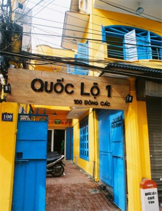 'Đại bản doanh' của dân yêu du lịch - Quán cafe Quốc Lộ 1