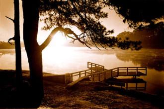 Hồ Xuân Hương, điểm hẹn của những cặp tình nhân