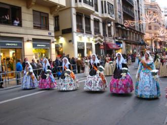 Khám phá Valencia bằng lễ hội Las Fallas