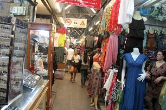 Long Biên vào danh sách 5 chợ thú vị nhất Đông Nam Á
