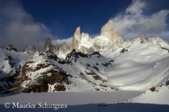 Ngọn núi 'hút thuốc' ở Argentina