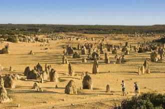 Pinnacles, sa mạc kỳ lạ ở Australia