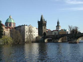 Ước nguyện trên cầu tình yêu ở Prague
