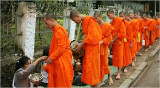 Du xuân cố đô Luang Prabang