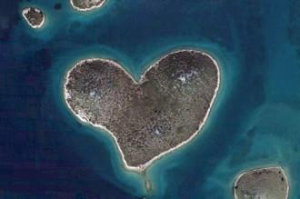 Những hòn đảo hình trái tim