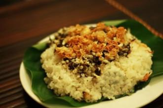 Những món ăn nổi tiếng từ côn trùng ở Việt Nam
