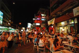 24h trên phố Tây nhộn nhịp đất Thái Lan