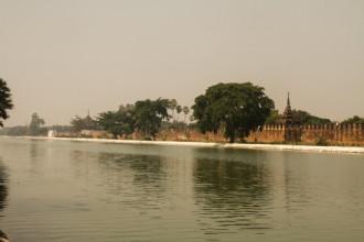 Mandalay không chỉ có đền chùa