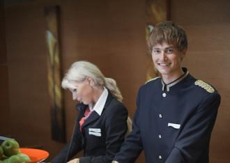 Top quốc gia có nhân viên khách sạn thân thiện nhất châu Âu