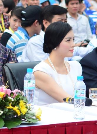 Lý Nhã Kỳ 'chất vấn' các ứng viên Đại sứ Du lịch Việt Nam