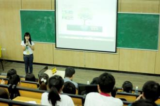 Sinh viên du lịch Hà Nội thiết kế tour sáng tạo