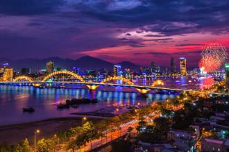 Cầu Rồng vào top công trình chiếu sáng đẹp nhất thế giới 2014