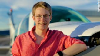 Teen một mình lái máy bay vòng quanh thế giới