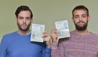 Tên trên vé máy bay khác hộ chiếu, khách vẫn được bay