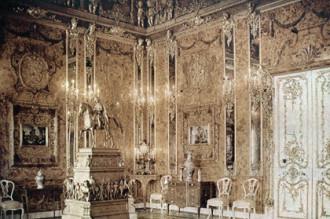 Căn phòng hổ phách huyền thoại của Sa hoàng Nga