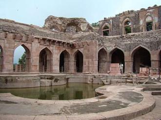 Đến thăm thành cổ Mandu ở Ấn Độ